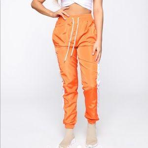 Mia windbreaker joggers orange fashionova